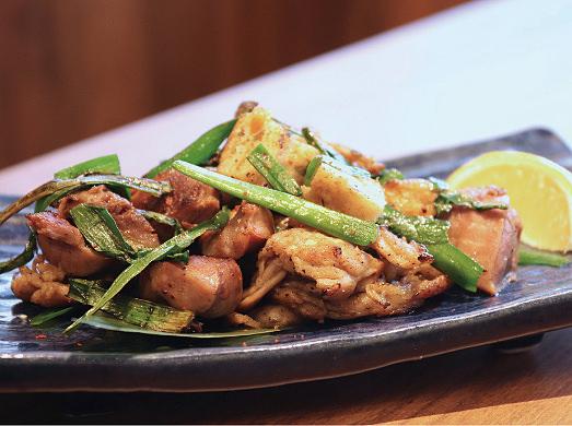 魚万さんの揚げ天とセセリとズリのスタミナ焼き